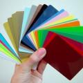Цветной пластик для монохромной печати в ассортименте